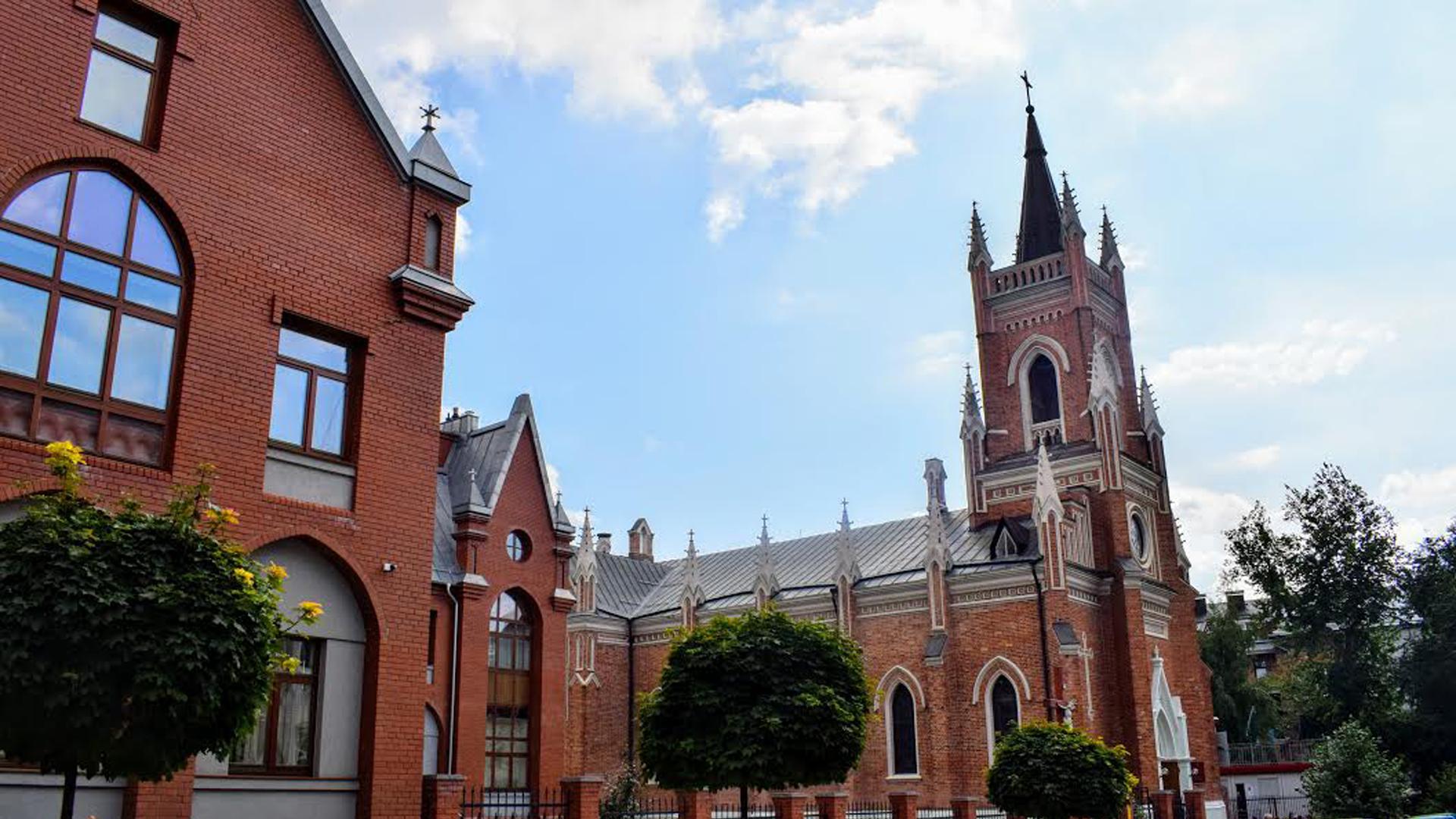 Харків – центр міста – кафедральний собор 29b9898b1bc6c